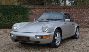 Porsche 964 Carrera 2 Targa, matching numbers and colours