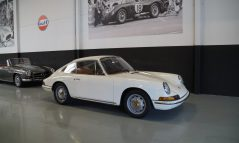 PORSCHE 912 Beautiful driver (1967)